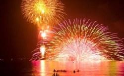 鎌倉花火大会2018穴場スポットと場所取りや駐車場は?