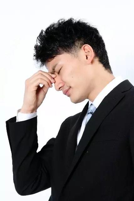 二日酔いの頭痛や吐き気を解消!【市販薬・食べ物・ツボ】