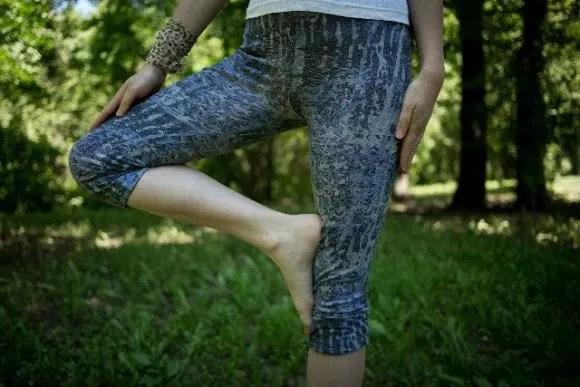 足の付け根が痛い原因は?しこりやしびれには注意!