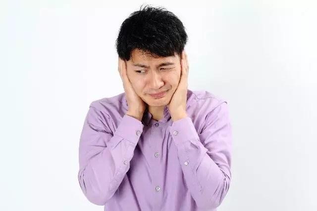 外耳道真菌症の原因と症状や治療方法!うつる場合もあるの?
