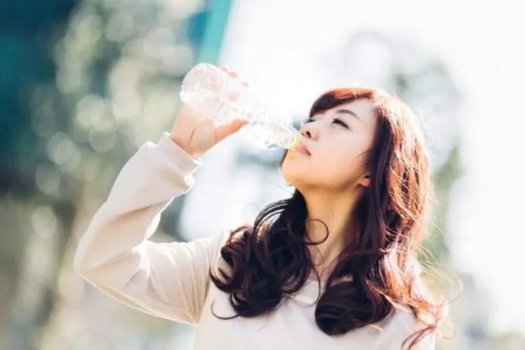 やたら喉が渇く原因はストレス?重大な病気が潜んでいるの?