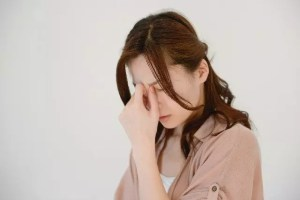 貧血の原因や種類と改善法!頭痛や吐き気を伴う場合の対処法は?