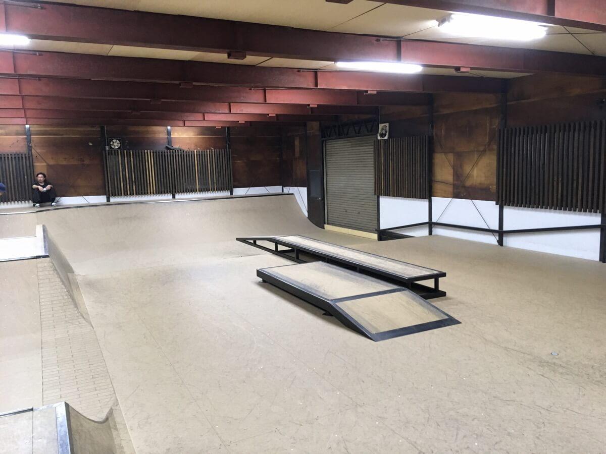 室内 スケート パーク