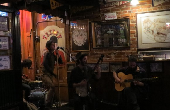 MUSIC: The DiTrani Brothers at the Brown Lantern