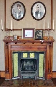 Gaches Mansion La Conner Fire Place Photo