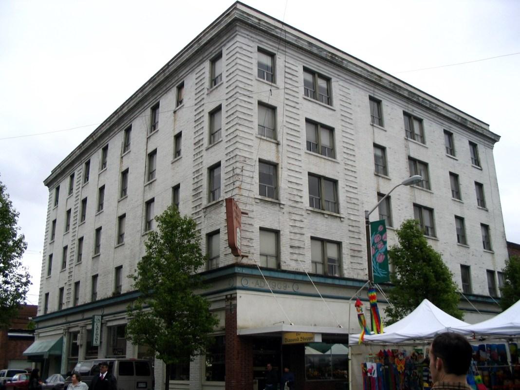 President Hotel Mount Vernon WA circa 2005