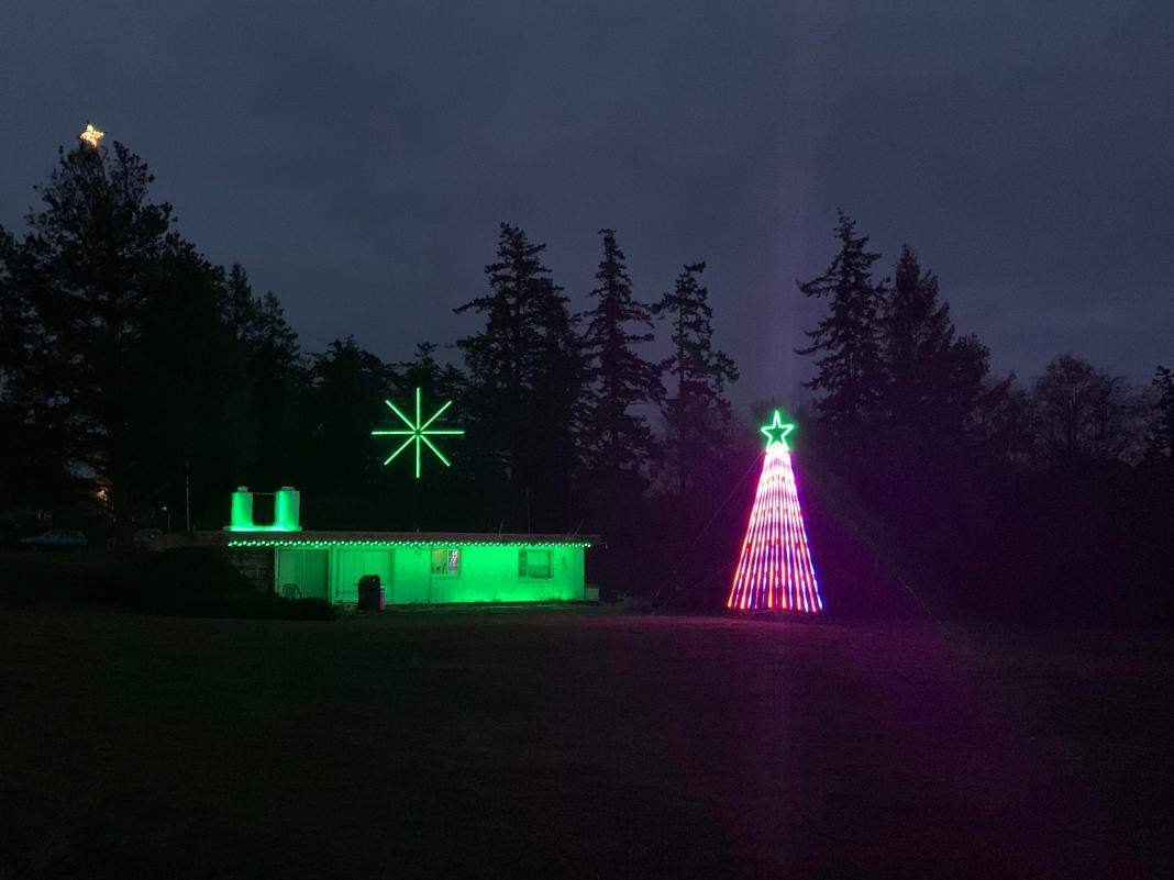 Christmas Lights in Skagit County Anacortes Route 20