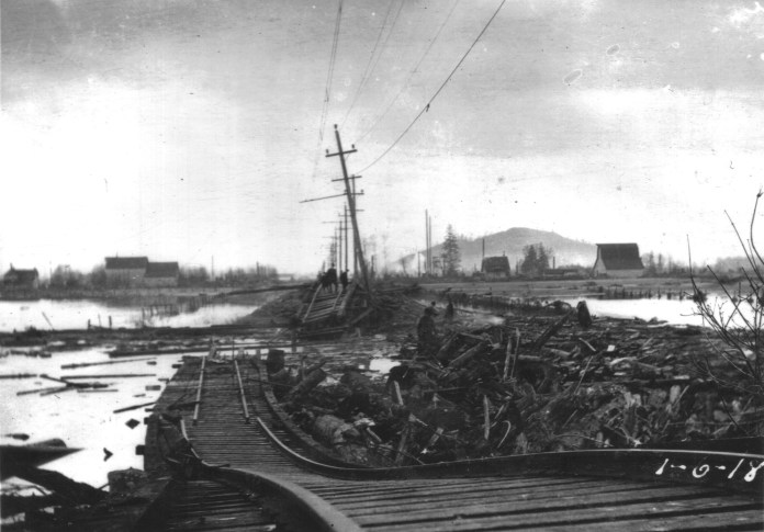 Skagit-County-Historic-Floods-1917-Railroad-Damage