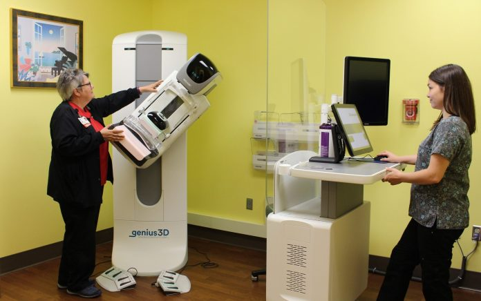 PeaceHealth-Mammography-Genius3D-Breast-Suite
