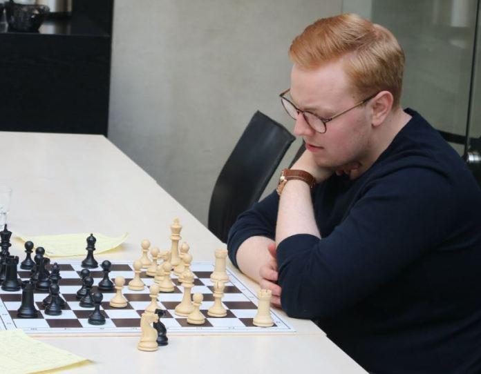 Mikael Jóhann lagði Braga Þorfinnsson