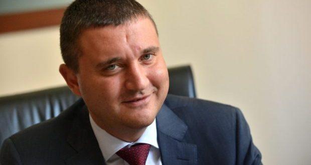 Министерството на финансите си е раздало 17 млн. лв. бонуси