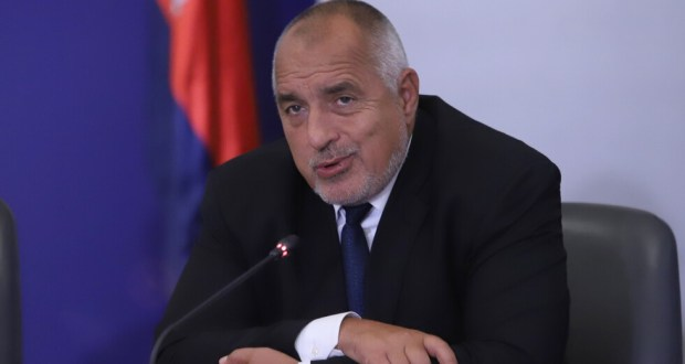 Доц. Буруджиева обясни защо ако Борисов подаде оставка сега години наред правителства ще падат!