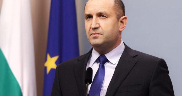 Слави Василев политолог: Президентът обяви че ще предложи промени в Конституцията и ще излезе нова политическа формация