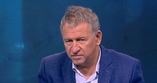 Стойчо Кацаров: Хвърляме огромен ресурс за болест която не причинява много щети. Не знаем колко българи са се срещали с вируса