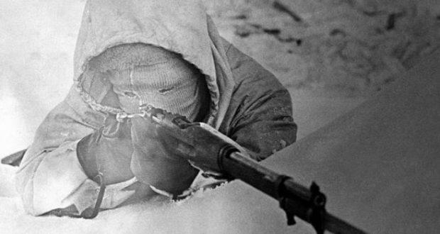 """10 впечатляващи факта за най-великият снайперист """"Бялата смърт"""" (СНИМКИ)"""