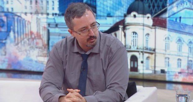 Математикът Лъчезар Томов: Пълен локдаун и минимум заразени