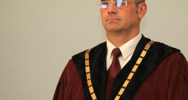 Проф. Атанас Семов: Преди 11 години в България се възцари Диктатура на Посредствеността!