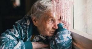 Личната драма на една стара жена: Овдовях синът и дъщерята все нямат време за мен а внучката ми се подиграва в очите