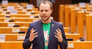Немски евродепутат хвърли бомбата: ЕНП прикрива грабежите на Бойко Борисов не чакайте помощ от Европа