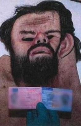 Policja znalazła dwie maski gumowe w sypialni Trenneborg, który miał podobno przeznaczone do wykorzystania w przebraniach podczas podróży ze Sztokholmu do Kristianstad