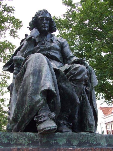 Spinoza-Escultura