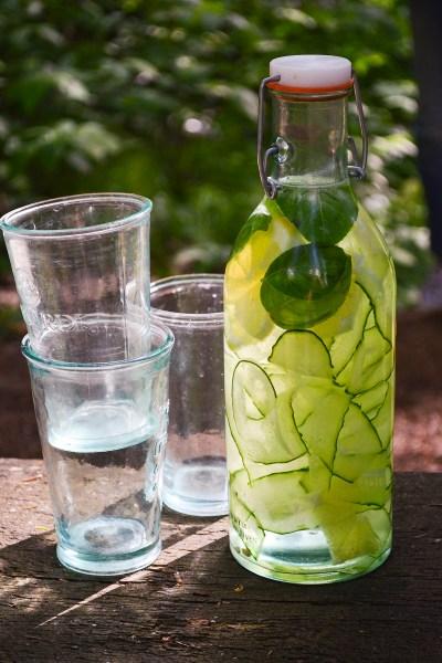 Gaivus vanduo su agurkais ir citrina