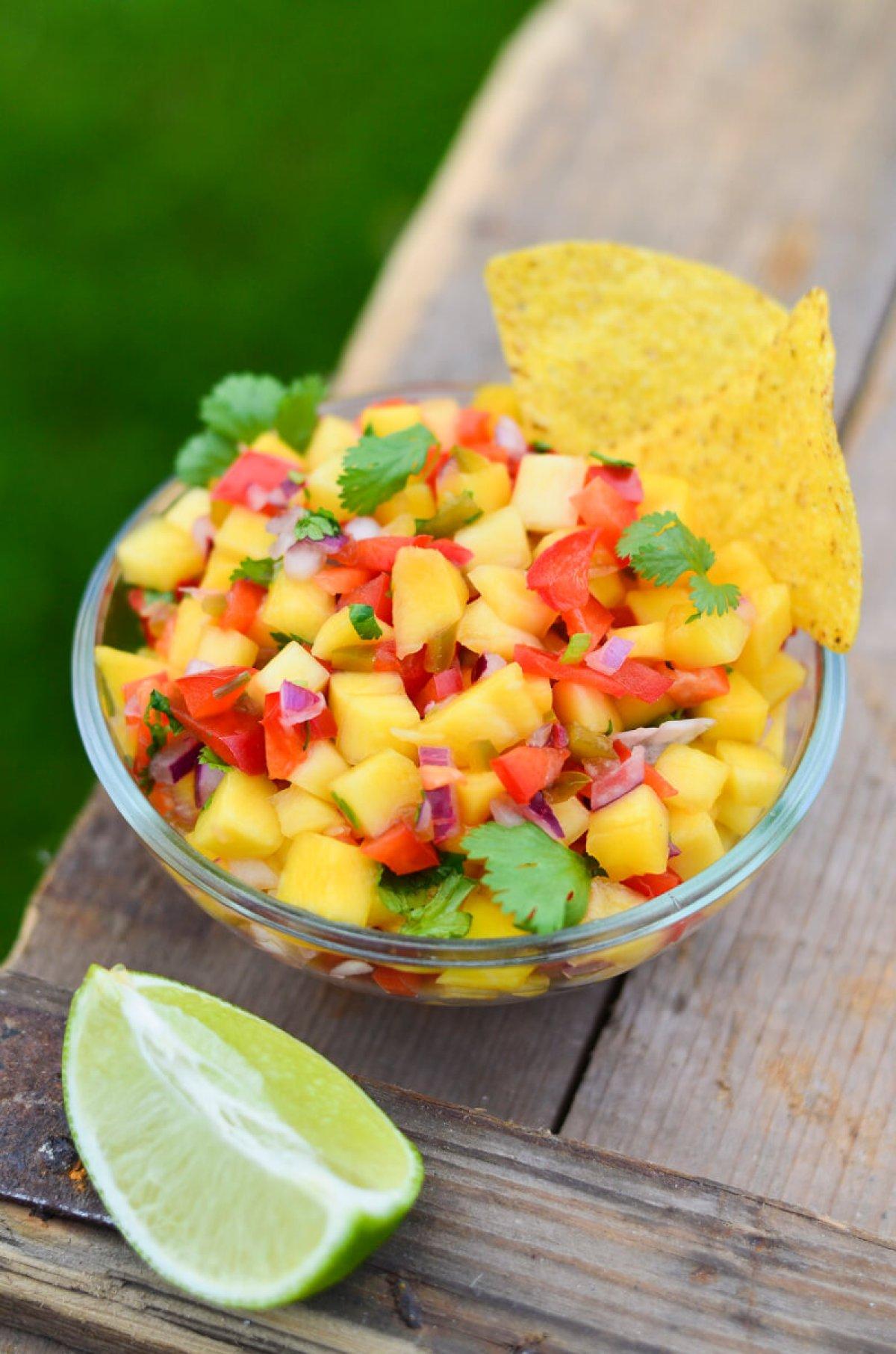 mango salsa skanios dienos(2)