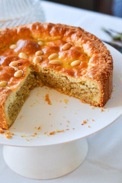 Migdolų ir lazdyno riešutų pyragas