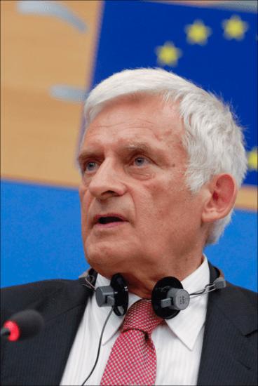 Il Presidente del Parlamento Europeo Jerzy Buzek
