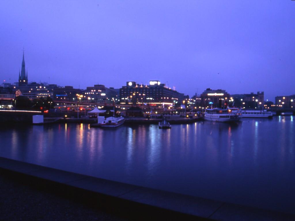Una immagine urbana della Svezia, l'azione di governo a favore del Sud del Mondo rispecchia attitudini inclusive tipiche delle culture di tutta la fascia nord della UE, moltissime iniziative a favore dei paesi sottosviluppati si registrano anche grazie alle società danesi, norvegesi ed olandesi.