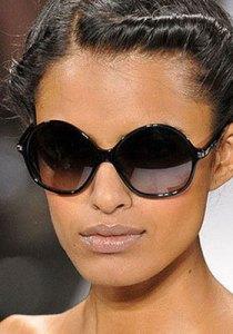 Солнцезащитные-очки-Как-подобрать-очки-к-форме-лица-7