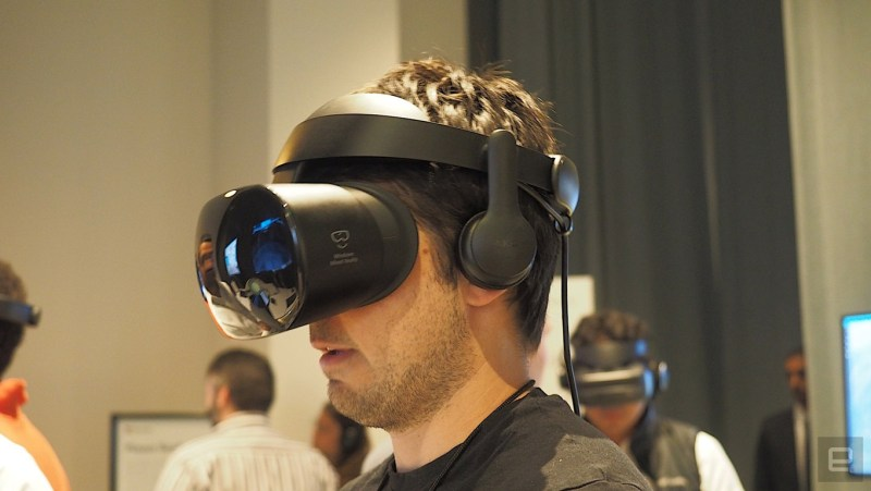 Samsung Odissey Virtual Mixed Reality headset