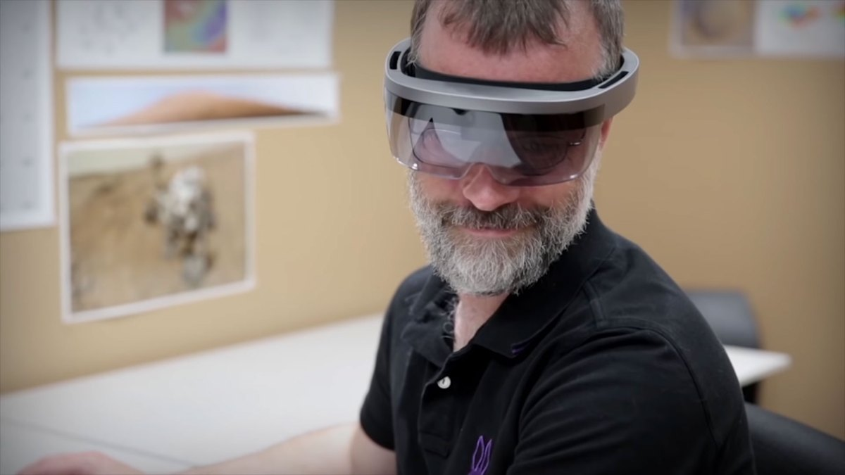 NASA JPL may have given us a preview of next gen HoloLens. Actually not.