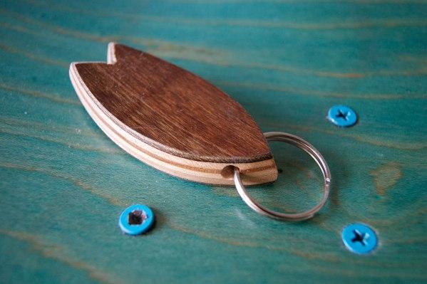 4-Skatan-LLC-Surfboard-Key-Chain-Skateboarding-Upcycling (71)