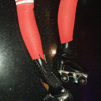 Rolschaats kousen Rood Glitter met witte strepen