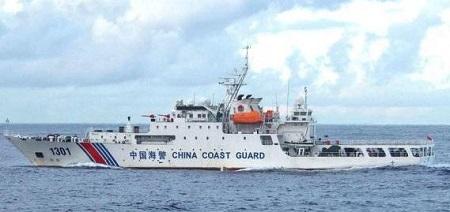 中国海警の船