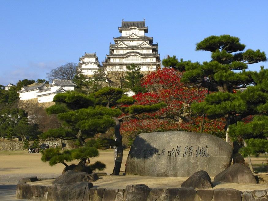 Lâu đài Himeji - lịch sử và những điều kỳ lạ