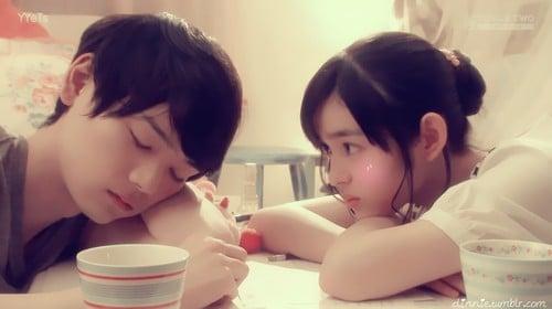 Como são os namoros japoneses? - Relacionamento no Japão - dormindo pessoas 1