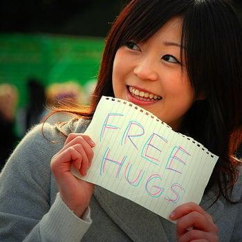 Abraços gratuitos