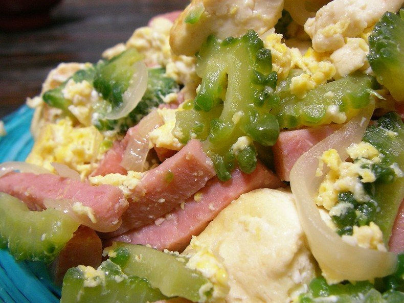 Goya Chanpuru - Um prato amargo de Okinawa - goya chanpuru amargo 2