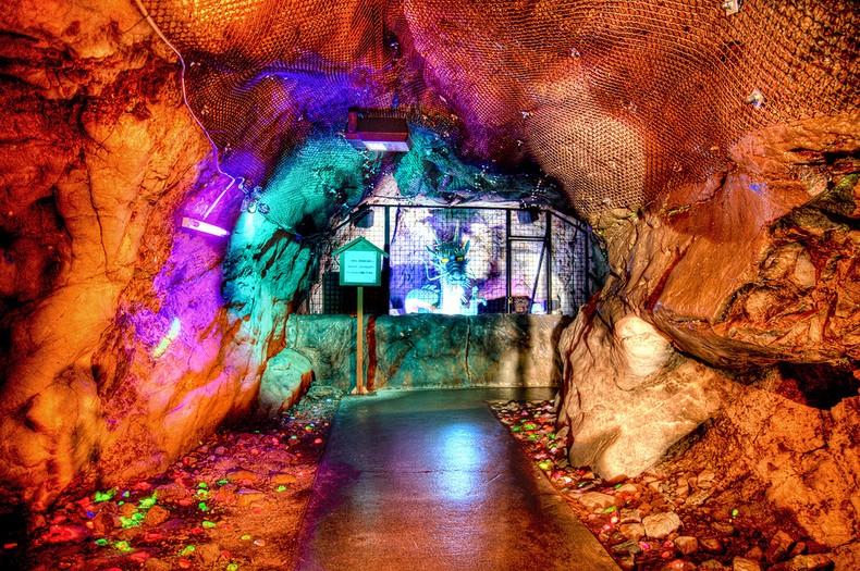 Ilha de enoshima e cadeados do amor - dragon in the cave 1406 3