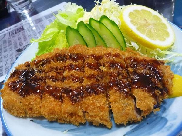 Tonkatsu - Costeleta de porco empanada 2