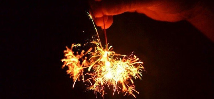 Guia hanabi taikai - os fogos de artifício no japão - senkou hanabi