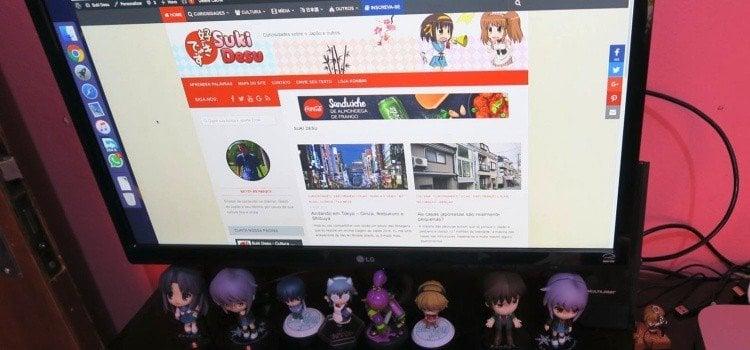 Como criar um site de animes e cultura otaku - site pc 1