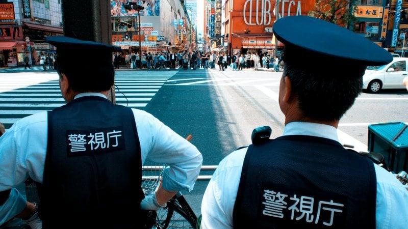 Crimes no japão - taxas de homícidio e roubo