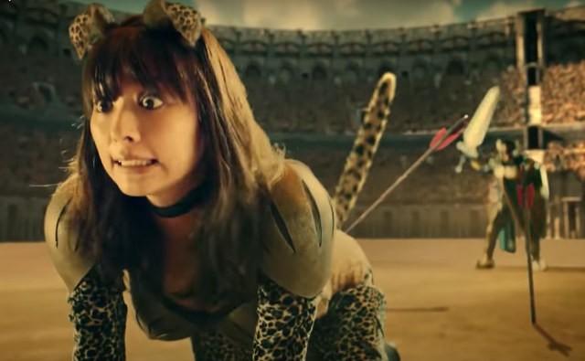 Os hilários e bizarros comerciais japoneses da tv