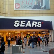 Sears vacating Eaton Centre leaves hole for new retailer