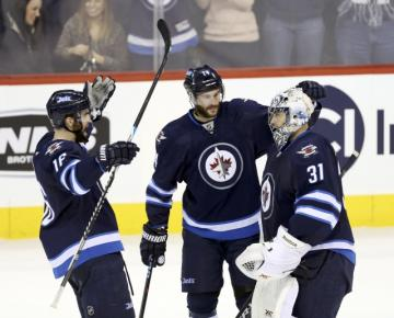 Little gives the Jets fuel