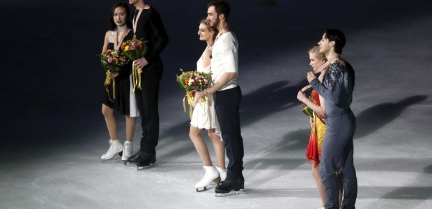 Canadian duo skaters win Bronze in Shanghai