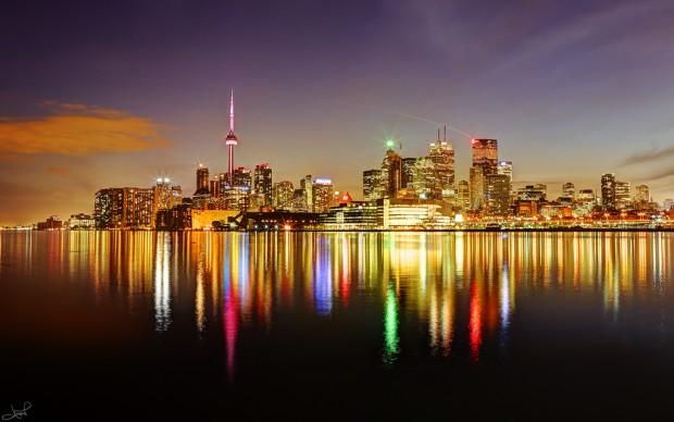 Toronto celebrates turning 183